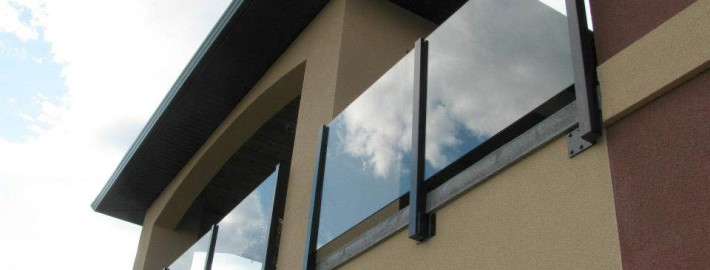 Fascia Mounted Panorama Post Topless Glass System