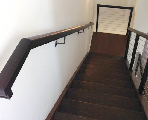 Handrail & Cable Railing on Stairs