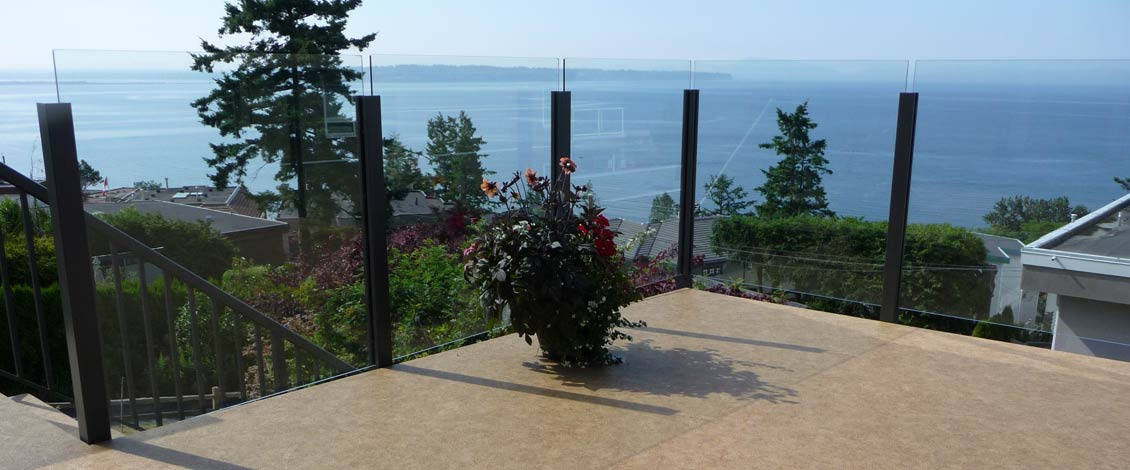 Maintenance-Free Aluminum Railings & Fence Systems