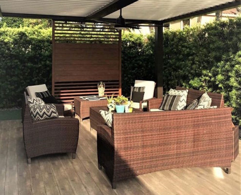 Knotwood Aluminum Patio Privacy Screen & Decorative Accent