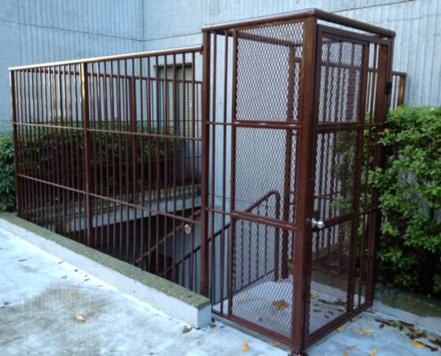 Custom Aluminum Gate and Fencing